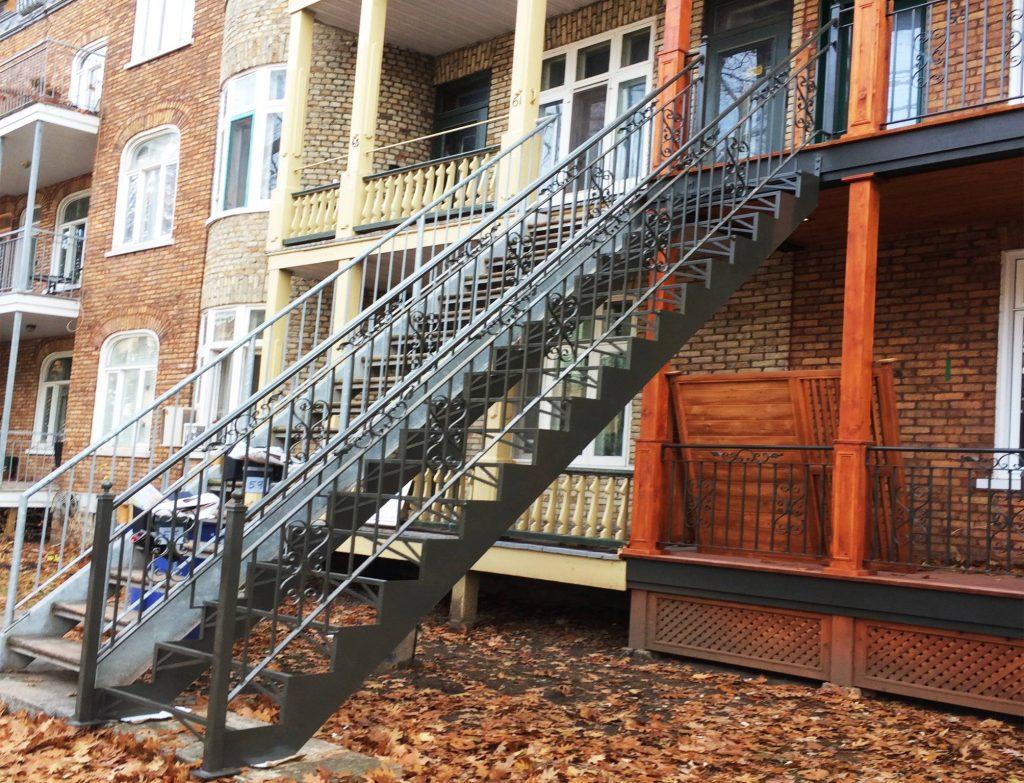 Cloture Provinciale - Escaliers 3